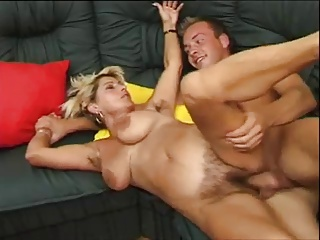 PERVERT  HAIRY BUSTY  MOM SQUIRTS  -B$R | Squirt.top Porn Tube