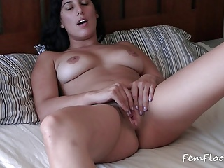 Veronica Knocks Orgasm Suprises | Squirt.top Porn Tube