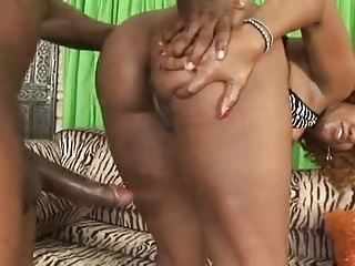 She May Be Of African Descent | Squirt.top Porn Tube