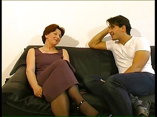Mature Lady Gets A Seeing To | Squirt.top Porn Tube