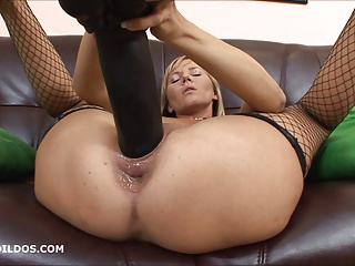 Kate Playing With A Massive Black Brutal Dildo In HD   Squirt.top Porn Tube
