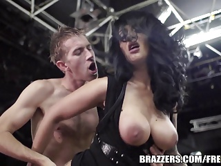 Brazzers –  Hot Tattooed Girl Squirts | Squirt.top Porn Tube