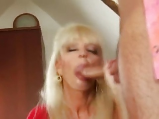 Hot Mature Blonde Cougar Banging In Boots | Squirt.top Porn Tube