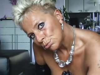 German Mature Milf Showing Her Pussy | Squirt.top Porn Tube