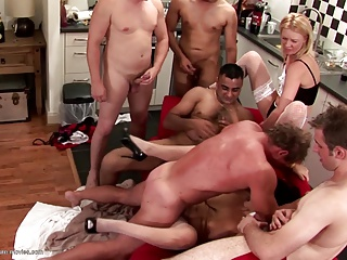 Mature Mom Squirts Hard During Gangbang With Young Boys | Squirt.top Porn Tube