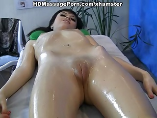 Masseur Fucked Patient With A Massage | Squirt.top Porn Tube