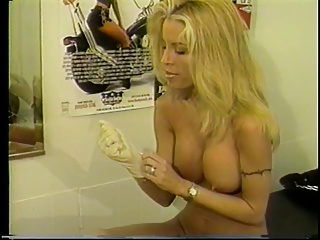 Hot Young Blonde With Great Tits Loves To Finger Her Pussy With A White Glove On | Squirt.top Porn Tube