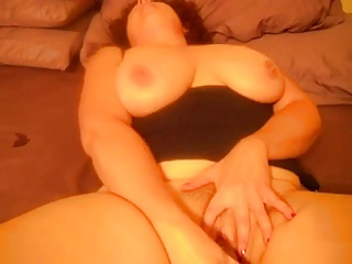 Yummy-mummy Wets The Bed | Squirt.top Porn Tube