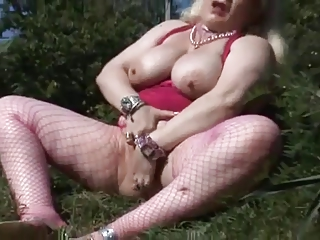 Fat Mature Masturbate Outdoor | Squirt.top Porn Tube