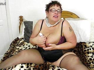 Frisky Busty Grandma Squirting Like A Fountain | Squirt.top Sex Tube