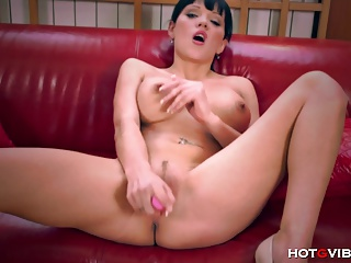 Russian Goddess Squirts Hard | Squirt.top Porn Tube