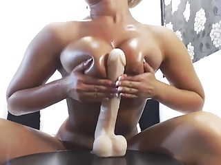 Very Hot OIL And SQUIRT Webcam Show | Squirt.top Porn Tube