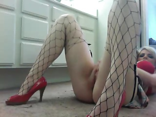 Hot Blonde Amateur Squirter Pt 1 | Squirt.top Porn Tube