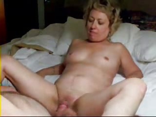 Pervert Wife Masturbating In Front Of Hubby And Squirt ! | Squirt.top Porn Tube