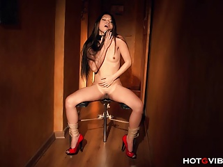 Tied Up Asian Squirts | Squirt.top Porn Tube