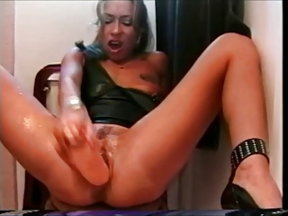 Major Pussy Workout | Squirt.top Porn Tube