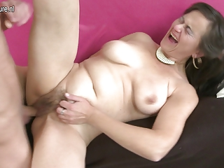 Hairy Squirting MOTHER Fucks And Sucks Her Toy Boy | Squirt.top Porn Tube