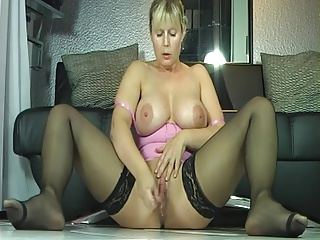 Busty Milf In Stockings Wet Squirt Orgasm | Squirt.top Porn Tube
