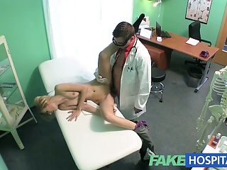 FakeHospital Slender Squirting Hot Sexy Blonde Wants Breast | Squirt.top Porn Tube