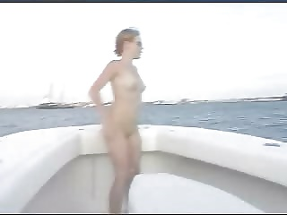 Teen Girl Masturbates On A Boat And Squirts | Squirt.top Porn Tube