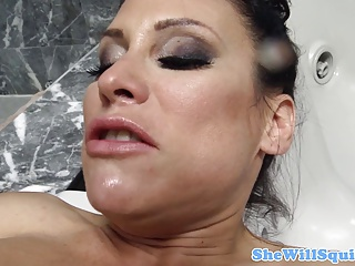 MILF Sheila Marie Squirting When Fucked | Squirt.top Porn Tube