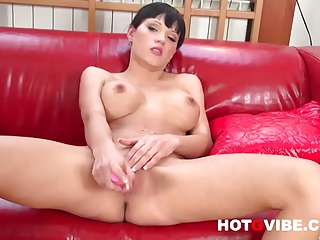Emma Squirts With Her Pink Dildo 2   Squirt.top Porn Tube