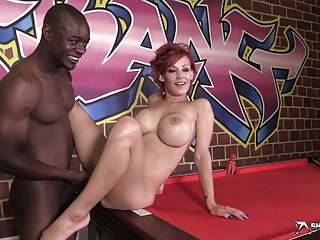 Super Hot Interracial Doggy Fucking | Squirt.top Porn Tube