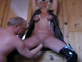 Mature Wife Tortured And Squirting | Squirt.top Porn Tube