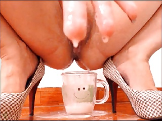 Latin Filling The Glass Of Creamy Milk #1 | Squirt.top Sex Tube