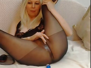 Pantyhose Squirt (Webcam) | Squirt.top Porn Tube