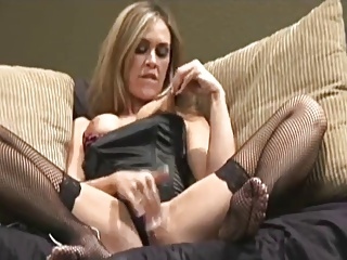 Horny Hottie Fingers Her Snatch And Squirts   Squirt.top Porn Tube